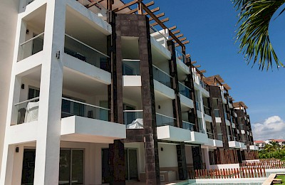 Playa Del Carmen Real Estate Listing | Mareazul, Suite 421