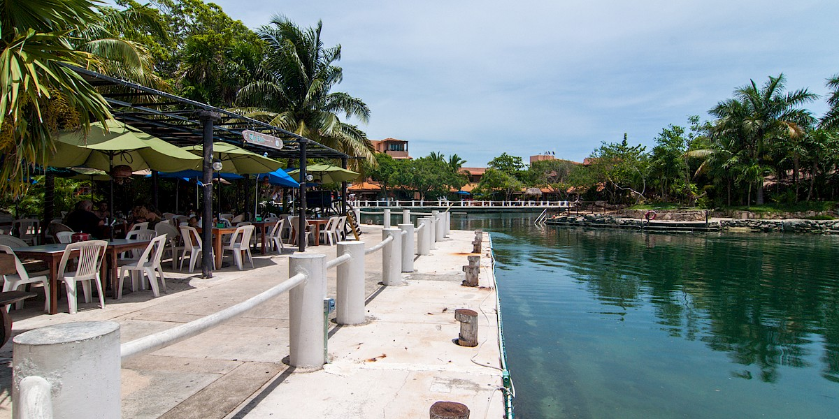 Top 10 Reasons We Want to Live in Puerto Aventuras