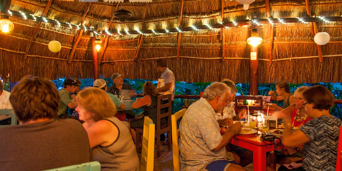Turtle Bay Cafe to Host Akumal Ambulance Fundraiser Dinner