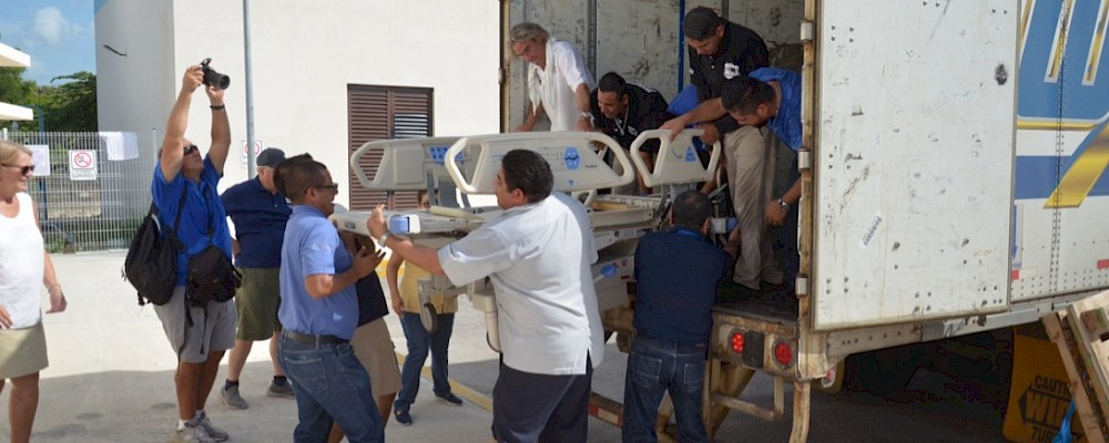 Rotary Club Supports Cancun General Hospital with $500,000 USD of Medical Equipment