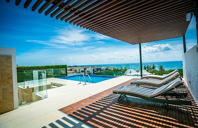 Playa Del Carmen Real Estate Listing | Menesse on the Beach 301